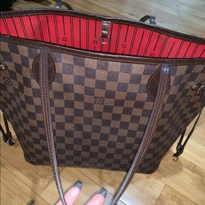 Louis Vuitton never full MM bag